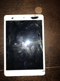 IPad mini 1 screen is damaged so needs replacing