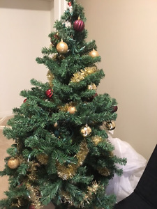 """5"""" Christmas Tree - Fully Decorated"""