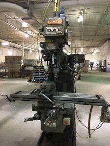 TOP WELL VERTICAL MILLING MACHINE CNC