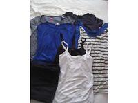 Maternity clothes bundle (size 10/12)