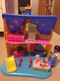 Doc McStuffins play house