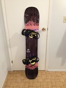 Jones Twin Sister 146 with Burton Lexa Bindings