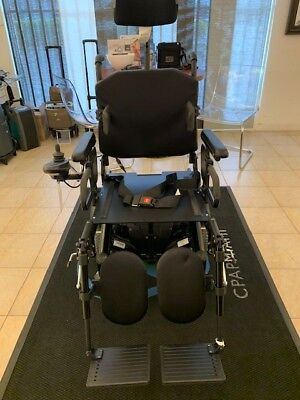QUICKIE S636 CUSTOM POWER WHEELCHAIR