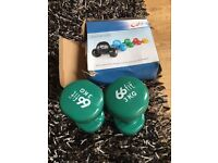3 KGx 2 Dumbells comes with box