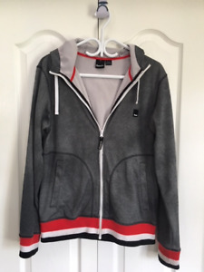 Bench hoodie / jacket - Adult size Small - excellent condition