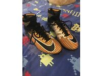 NIKE MERCURIAL SUPERFLY FOOTBALL BOOTS SIZE 6 COST £140