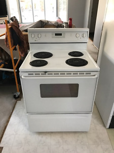Maytag Electric Self Cleaning Range