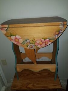 HAND PAINTED ACCENT TABLE WITH DROP SIDES