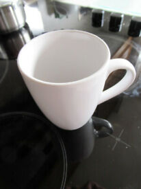 12 White mugs