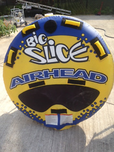TRIPPE AIRHEAD – NEUF 2017 –Payer $500 2 Places- Couché ou Assis