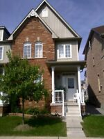 Great Layout Semi detached for Lease in Markham. Location !!