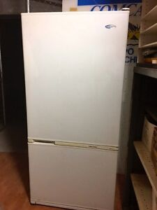 Fisher & Paykel Fridge / Freezer 519 L Cannon Hill Brisbane South East Preview