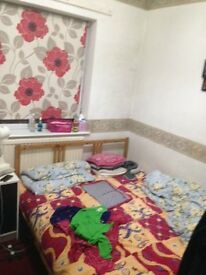 Fully furnished double room for rent in hatfield
