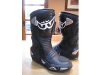 Women's Berik leather motorbike boots