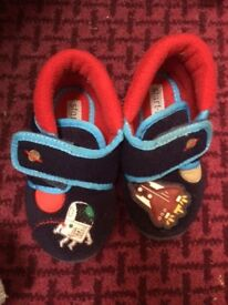 flashing space slippers start rite size 6