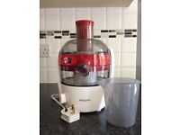 Juicer: HR1832/41 Viva Collection Compact Juicer, 1.5 Litre, 500 Watt in red and white