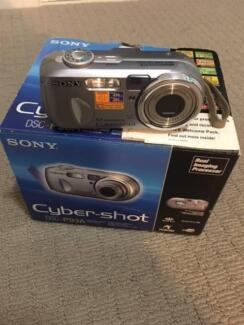 Sony Cyber-shot Model DSC-P93A digital camera incl. MPEG Movie VX