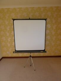 White Portable Projection Screen on Tripod Base - Good Condition - Adjustable - £30