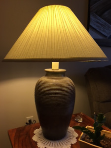 Contemporary Lamp pairing