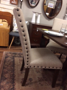 Like new Dining Chairs