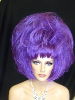 Sin City Costumes (SIN CITY COSTUME WIGS WILD FUNKY DARING PURPLE SHORT PAGE STRAIGHT POINTY)