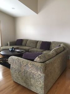 5 piece Sectional with Chaise in perfect shape!