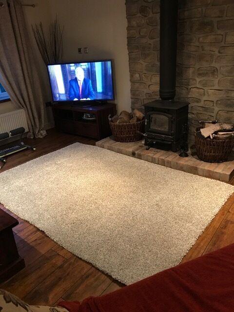 ikea alhede off white rug in somerset gumtree. Black Bedroom Furniture Sets. Home Design Ideas