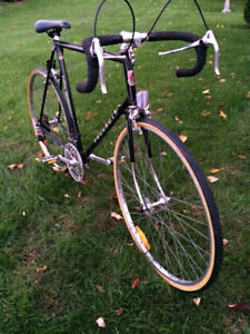 VINTAGE PEUGEOT U09  10 SPEED ROAD BIKE