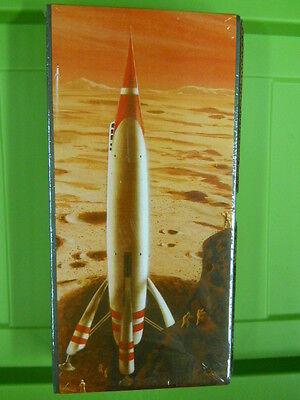 GLENCOE FASTWAY MARS LINER PLASTIC MODEL KIT, 1/144th SCALE (NEW IN BOX)