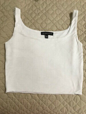 Kendall & Kylie White Crop Top Tank Size Small - CUTE & GOES WITH EVERYTHING