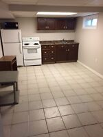 3 BEDROOM BEDROOM APARTMENT FOR RENT AVAILABLE NOW!
