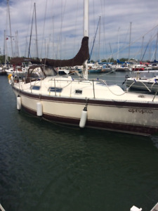 1982 Hughes 31.6 foot sailboat