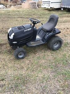 MURRAY GARDEN TRACTOR FOR PARTS