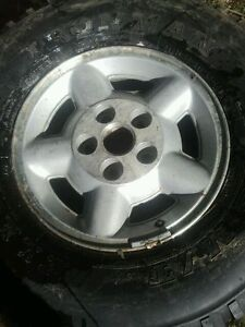 """1 Only-31x10.5x15"""" Tire on rim"""