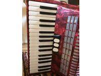 Hohner Concerto II N 72 bass piano accordion
