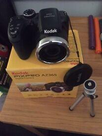 KODAK PIXPRO AZ365 16.0MP DIGITAL CAMERA. Like new