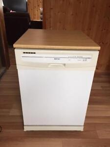 Lave vaisselle mobile Maytag