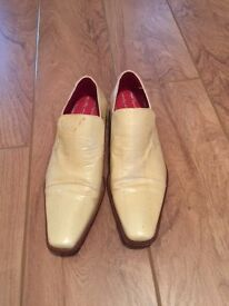 Mens Cream Leather Angel Infantes shoes and matching belt - UK8 EUR 42
