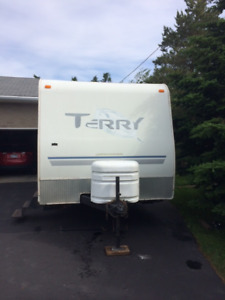 2004 Terry  21 ft Travel Trailer