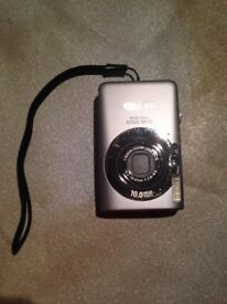 Canon IXUS 95 IS Digital Camera
