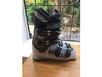 Ski Boots Dalbello - Junior size 2 1/2 - excellent condition