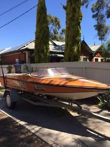 SKI BOAT SPORTSCRAFT 15 FT  75 HP OUTBOARD Felixstow Norwood Area Preview