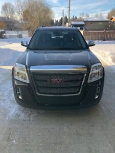 Selling 2011 mint terrain SLE with only 57000 km
