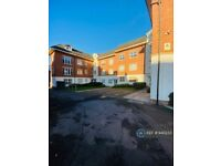 2 bedroom flat in Laygate, South Shields, NE33 (2 bed) (#940233)
