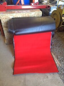 Tapis commercial rouge / Commercial red carpet 3'/25'
