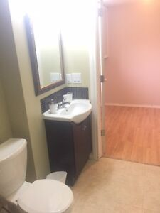 One bedroom basement suit for rent located in Sw of Calgary !