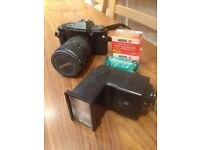 Pentax P30 Camera with Takumar-A zoomm lense 28-80mm and Flash