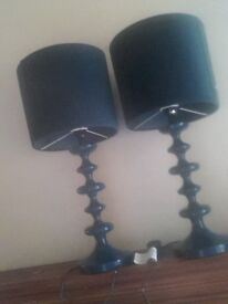 A pair of lovely lamps.