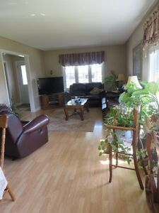 3 Bedroom Home, Bungalow, for Sale in Campbellford (Trent Hills) Peterborough Peterborough Area image 6