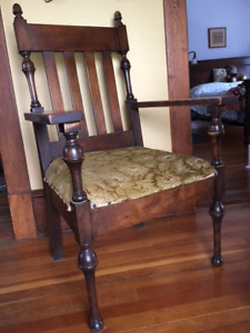 Beautiful Solid Antique Parlor Chair In Excellent Condition